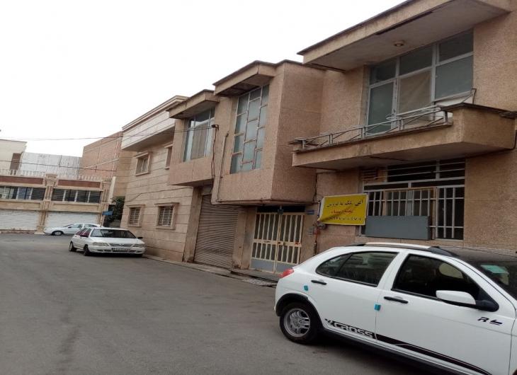 250 متر تجاری مسکونی خیام نزدیک مدرس